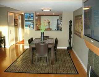 """Photo 3: 305 1030 QUEBEC ST in Vancouver: Mount Pleasant VE Townhouse for sale in """"BRIGHTON"""" (Vancouver East)  : MLS®# V592682"""