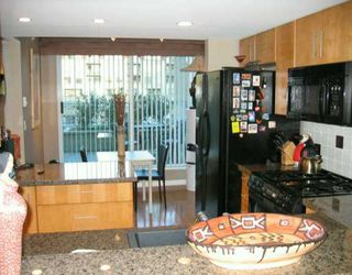 """Photo 4: 305 1030 QUEBEC ST in Vancouver: Mount Pleasant VE Townhouse for sale in """"BRIGHTON"""" (Vancouver East)  : MLS®# V592682"""