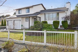 Main Photo: 17210 62A Avenue in Surrey: House for sale (Cloverdale)  : MLS®# F1405968