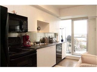 Photo 2:  in VICTORIA: Vi Downtown Condo for sale (Victoria)  : MLS®# 421473