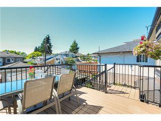 "Photo 18: 5285 WINDSOR Street in Vancouver: Fraser VE House for sale in ""GREAT FAMILY NEIGHBORHOOD!"" (Vancouver East)  : MLS®# V1075023"