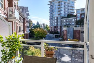 Photo 11: 301 4028 KNIGHT STREET in Vancouver: Knight Condo for sale (Vancouver East)  : MLS®# R2116326