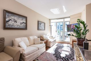 Photo 7: 301 4028 KNIGHT STREET in Vancouver: Knight Condo for sale (Vancouver East)  : MLS®# R2116326