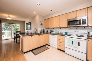 Photo 8: 143 15168 36 AVENUE in Surrey: Morgan Creek Townhouse for sale (South Surrey White Rock)  : MLS®# R2153353