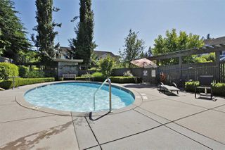 Photo 2: 143 15168 36 AVENUE in Surrey: Morgan Creek Townhouse for sale (South Surrey White Rock)  : MLS®# R2153353