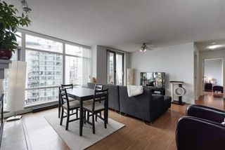 Photo 4: 1008 198 AQUARIUS MEWS in Vancouver: Yaletown Condo for sale (Vancouver West)  : MLS®# R2313413