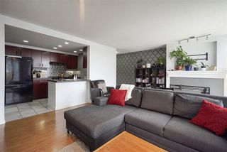 Photo 2: 1008 198 AQUARIUS MEWS in Vancouver: Yaletown Condo for sale (Vancouver West)  : MLS®# R2313413