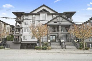 "Photo 2: 204 5474 198 Street in Langley: Langley City Condo for sale in ""Southbrook"" : MLS®# R2418381"