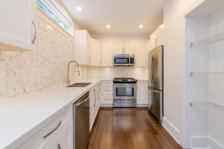 Photo 15: 329 E 7TH Avenue in Vancouver: Mount Pleasant VE Townhouse for sale (Vancouver East)  : MLS®# R2428671