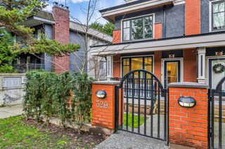 Photo 2: 329 E 7TH Avenue in Vancouver: Mount Pleasant VE Townhouse for sale (Vancouver East)  : MLS®# R2428671