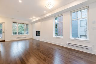 Photo 9: 329 E 7TH Avenue in Vancouver: Mount Pleasant VE Townhouse for sale (Vancouver East)  : MLS®# R2428671