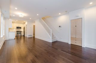 Photo 10: 329 E 7TH Avenue in Vancouver: Mount Pleasant VE Townhouse for sale (Vancouver East)  : MLS®# R2428671