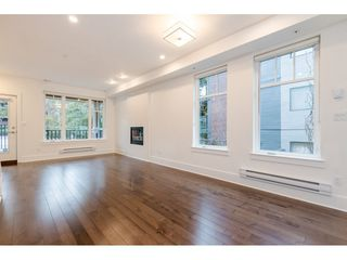 Photo 3: 329 E 7TH Avenue in Vancouver: Mount Pleasant VE Townhouse for sale (Vancouver East)  : MLS®# R2428671