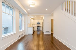 Photo 12: 329 E 7TH Avenue in Vancouver: Mount Pleasant VE Townhouse for sale (Vancouver East)  : MLS®# R2428671
