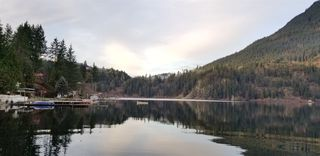 "Photo 22: 65535 SKYLARK Lane in Hope: Hope Kawkawa Lake House for sale in ""Wildflowers on Skylark Lane"" : MLS®# R2441174"