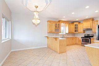 Photo 4: 38783 GARIBALDI Avenue in Squamish: Dentville House for sale : MLS®# R2447325