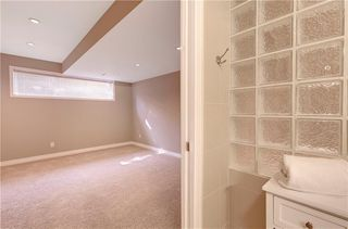 Photo 36: 5 STRADDOCK Villa SW in Calgary: Strathcona Park Semi Detached for sale : MLS®# C4293573