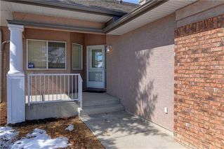 Photo 2: 5 STRADDOCK Villa SW in Calgary: Strathcona Park Semi Detached for sale : MLS®# C4293573