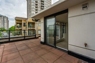 """Photo 25: 8 1 RENAISSANCE Square in New Westminster: Quay Townhouse for sale in """"Q"""" : MLS®# R2454289"""