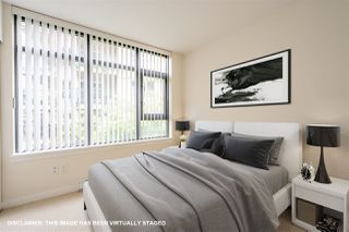 """Photo 16: 8 1 RENAISSANCE Square in New Westminster: Quay Townhouse for sale in """"Q"""" : MLS®# R2454289"""