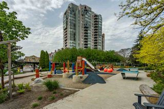 """Photo 28: 8 1 RENAISSANCE Square in New Westminster: Quay Townhouse for sale in """"Q"""" : MLS®# R2454289"""