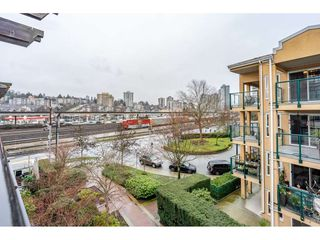 """Photo 27: 8 1 RENAISSANCE Square in New Westminster: Quay Townhouse for sale in """"Q"""" : MLS®# R2454289"""