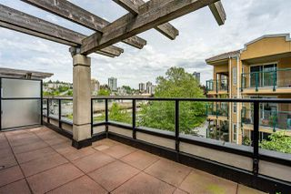 """Photo 24: 8 1 RENAISSANCE Square in New Westminster: Quay Townhouse for sale in """"Q"""" : MLS®# R2454289"""