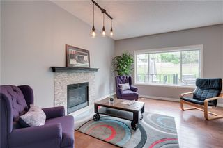 Photo 2: 107 SIERRA NEVADA Close SW in Calgary: Signal Hill Detached for sale : MLS®# C4305279