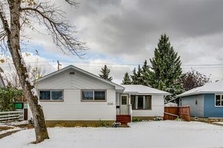 Main Photo: 3735 Brooklyn Crescent NW in Calgary: Brentwood Detached for sale : MLS®# A1042470