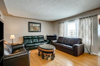 Photo 3: 3735 Brooklyn Crescent NW in Calgary: Brentwood Detached for sale : MLS®# A1042470