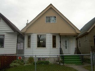 Photo 2: 644 HOME ST.: Residential for sale (Canada)  : MLS®# 2718803