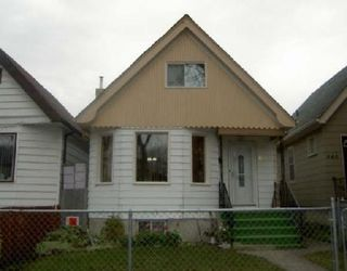 Photo 1: 644 HOME ST.: Residential for sale (Canada)  : MLS®# 2718803
