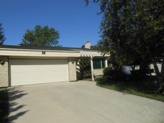 Photo 1: 12 Stonegate Close in WINNIPEG: Fort Garry / Whyte Ridge / St Norbert Residential for sale (South Winnipeg)  : MLS®# 1211477