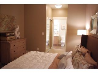 """Photo 4: 202 85 8 Avenue in New Westminster: GlenBrooke North Condo for sale in """"EIGHT WEST"""" : MLS®# V1003447"""