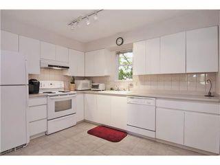Photo 6: # 11 849 TOBRUCK AV in North Vancouver: Hamilton Condo for sale : MLS®# V1029570
