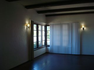 Photo 6: SAN DIEGO House for sale : 3 bedrooms : 4935 College Ave