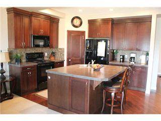 Photo 3: 232 NEW BRIGHTON LD SE in CALGARY: New Brighton House for sale (Calgary)  : MLS®# C3630894