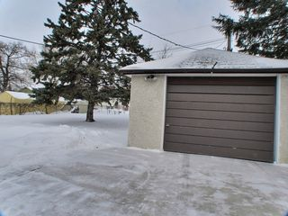 Photo 14: 1053 Betournay Street in Winnipeg: Windsor Park Residential for sale (South East Winnipeg)  : MLS®# 1503605