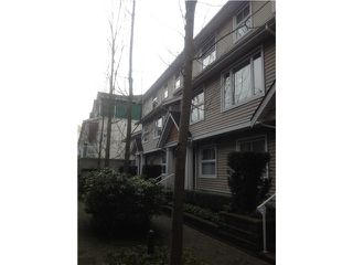 Photo 2: # 14 168 SIXTH ST in New Westminster: Uptown NW Condo for sale : MLS®# V1103239