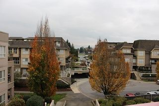 Photo 5: 329 2109 ROWLAND STREET in Port Coquitlam: Central Pt Coquitlam Condo for sale : MLS®# R2013349