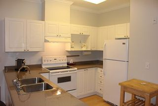 Photo 10: 329 2109 ROWLAND STREET in Port Coquitlam: Central Pt Coquitlam Condo for sale : MLS®# R2013349