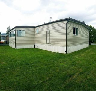 Photo 2: 109 45640 WATSON ROAD in Chilliwack: Sardis East Vedder Rd Manufactured Home for sale (Sardis)  : MLS®# R2106689