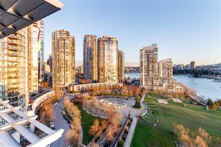 Photo 15: 1601 638 BEACH CRESCENT in Vancouver: Yaletown Condo for sale (Vancouver West)  : MLS®# R2339622