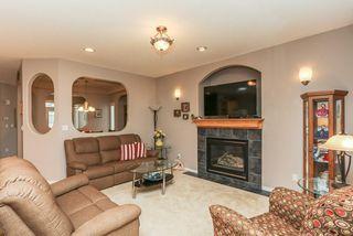 Photo 6: 360 CALDERON Crescent in Edmonton: Zone 27 House for sale : MLS®# E4165420