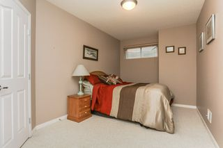 Photo 24: 360 CALDERON Crescent in Edmonton: Zone 27 House for sale : MLS®# E4165420
