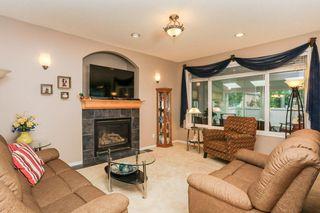 Photo 5: 360 CALDERON Crescent in Edmonton: Zone 27 House for sale : MLS®# E4165420