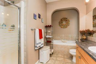 Photo 18: 360 CALDERON Crescent in Edmonton: Zone 27 House for sale : MLS®# E4165420