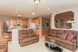 Photo 8: 360 CALDERON Crescent in Edmonton: Zone 27 House for sale : MLS®# E4165420