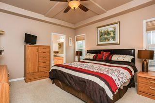 Photo 16: 360 CALDERON Crescent in Edmonton: Zone 27 House for sale : MLS®# E4165420