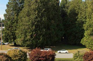 "Photo 13: 304 33490 COTTAGE Lane in Abbotsford: Central Abbotsford Condo for sale in ""Cottage Lane"" : MLS®# R2396054"
